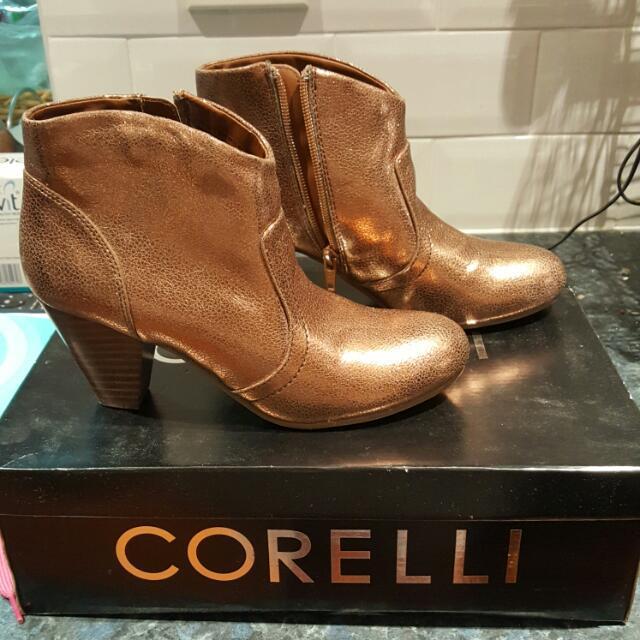 Corelli Gold Boots Size 6