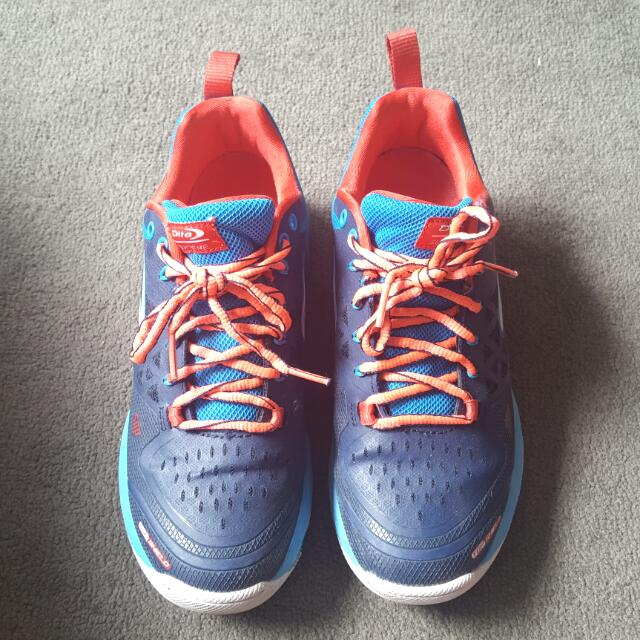 Dita Supreme hockey shoes size UK 6