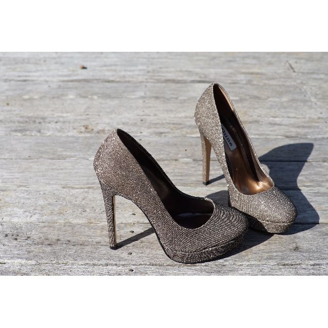 'Dune London' Gold Sparkly High Heels - Size 38 (7)