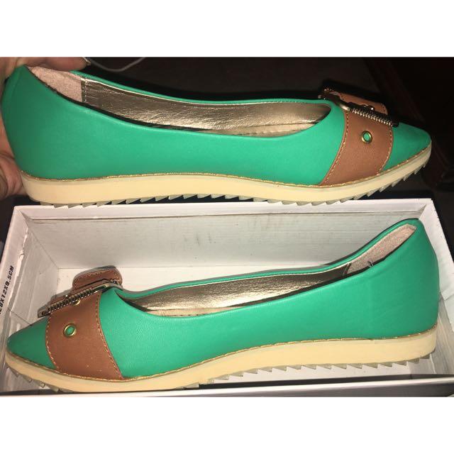 Flats Size 41