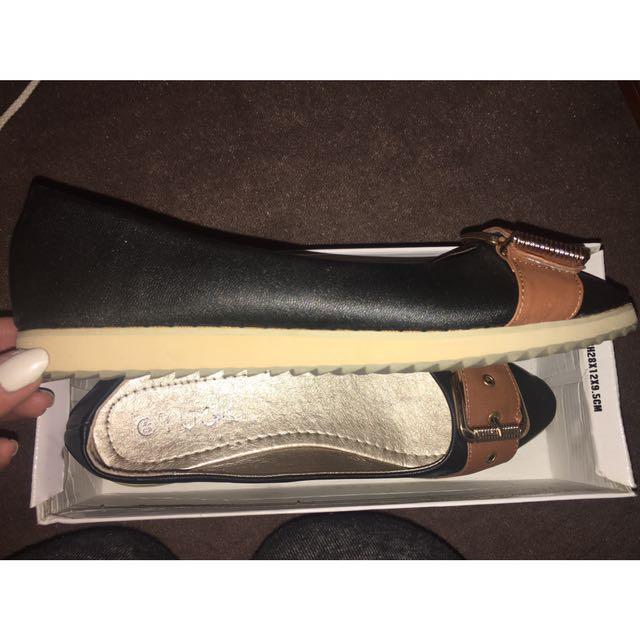 Flats Women's Size 40