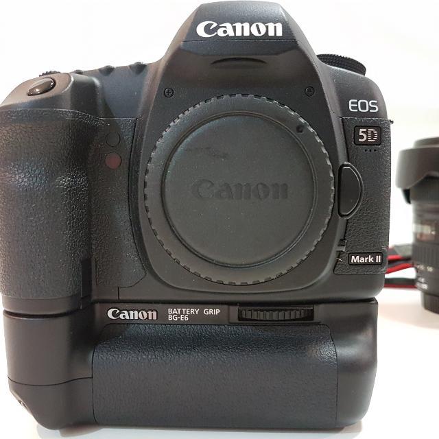 For SALE Canon EOS 5D Mark II Full Frame DSLR Camera