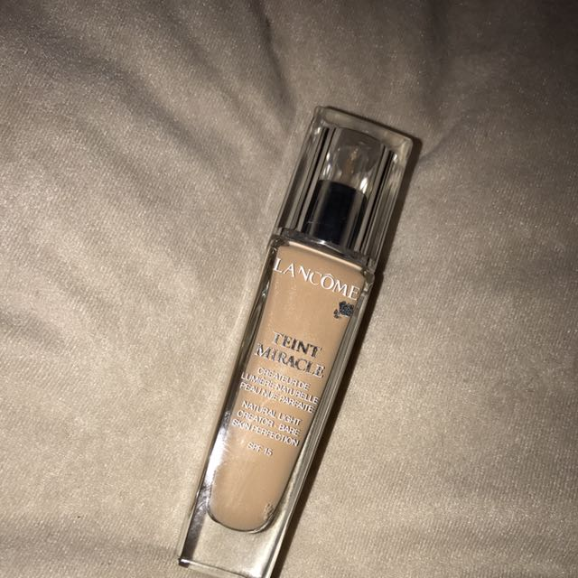 Lancome Tient Miracle Foundation