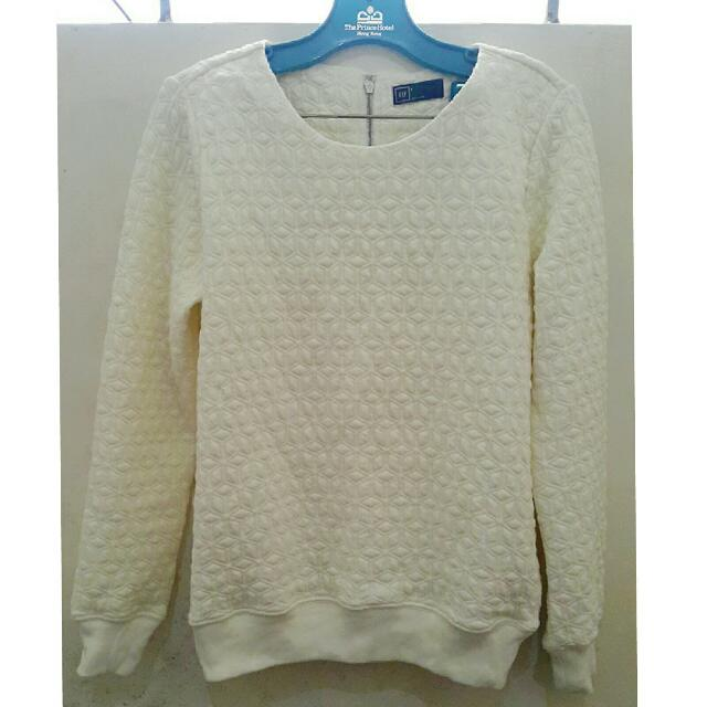 new Gap Textured Pull Over