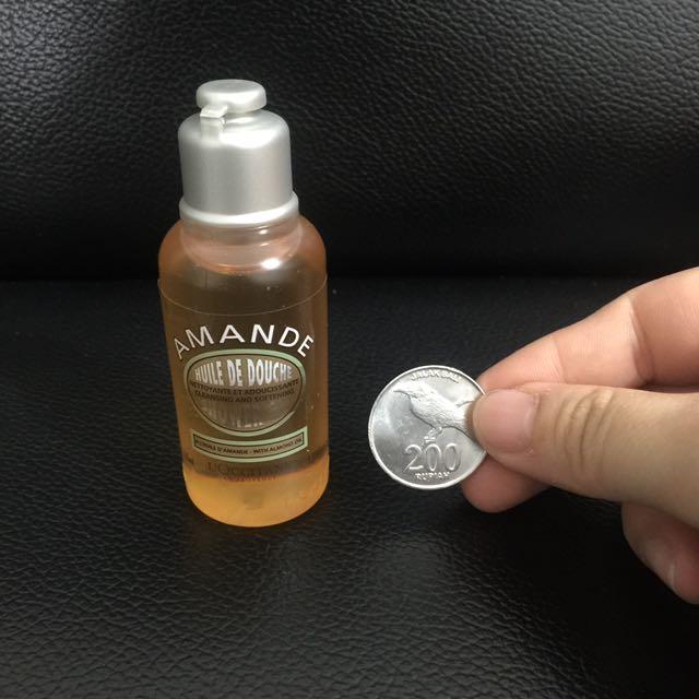 NEW! L'Occitane Shower Almond Oil 35ml