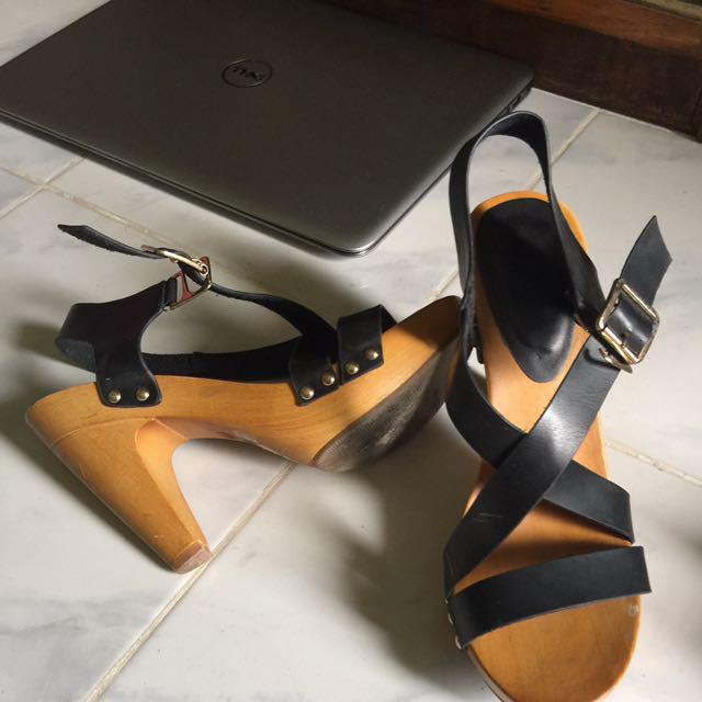 Prelove Sandals