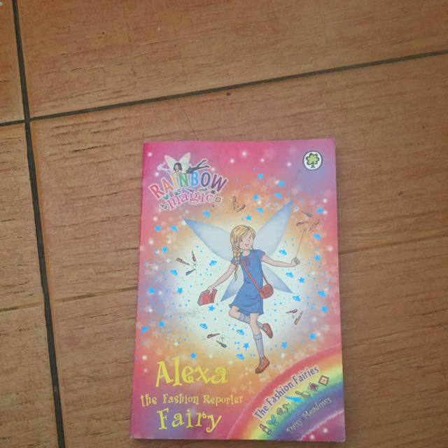 Rainbow Magic Alexa The fashion Reporter