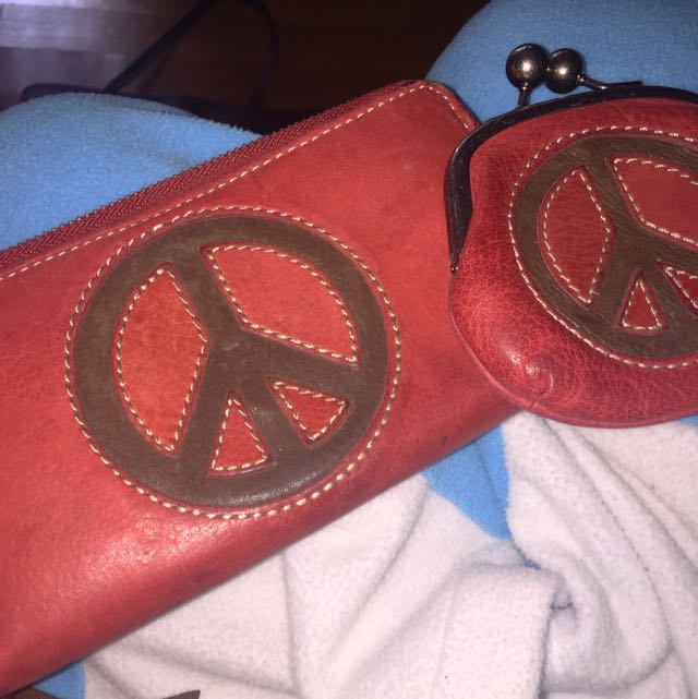 Red Fossil Peace Wallet & Coin Purse