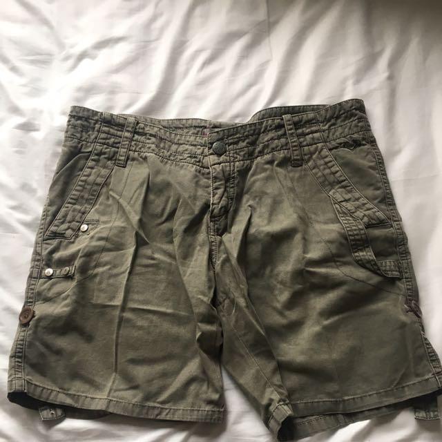 Roxy Shorts - Army Green