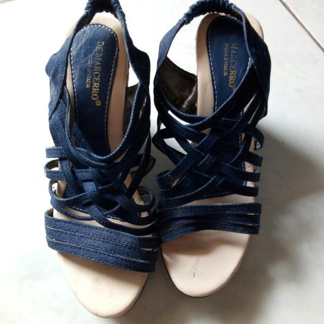 Sepatu De Marcerro