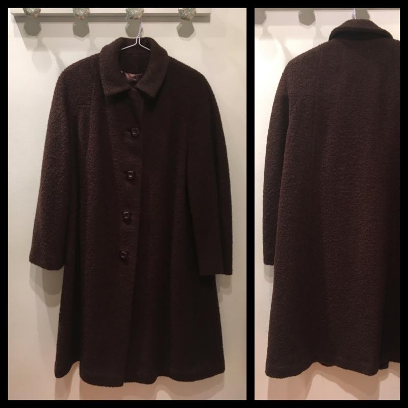 Size L - Vintage wool boucle coat