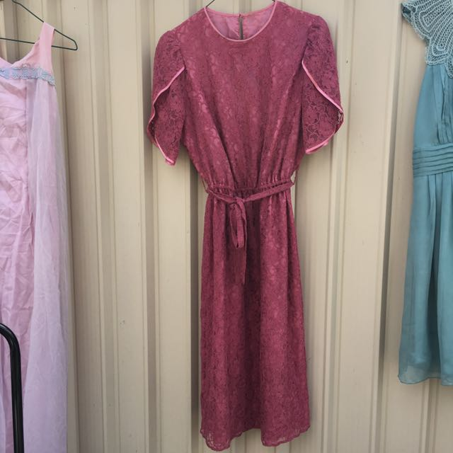 Vintage 1950s rich pink lace party frock