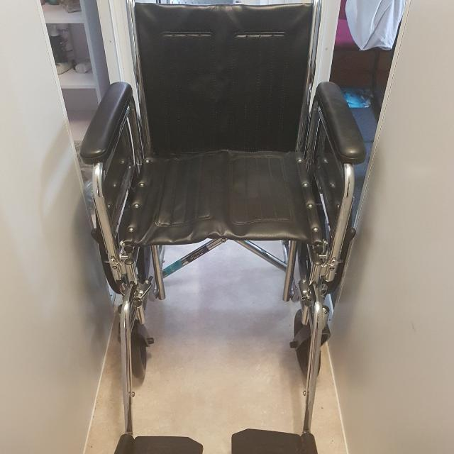 Wheelchair - Breezy EC 2000 Model