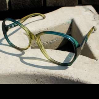 CARRERA 1970's Frames 1115-50 Oversize Butterfly Sunglasses with Green Fade