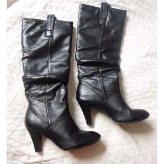 Vegan pleather Black Boots