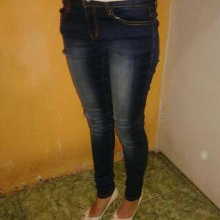 Pre❤d Celana Chanel Ukuran M Warna Biru Jeans. Dijual Krna Sudah Beralih Ke Syar'i 😊😁☺