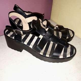 Primadonna black platform sandals s38