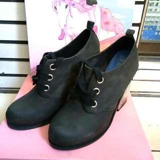 Jeffrey Campbell 黑色高跟鞋