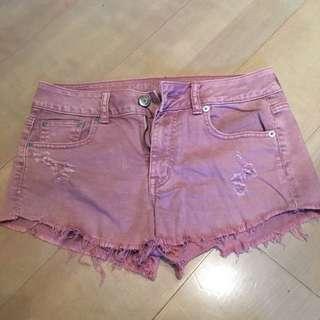 AE粉色抽鬚牛仔短褲