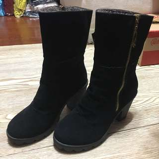 🚚 麂皮內刷毛拉鍊厚底高跟短靴