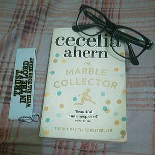 (Preloved) THE MARBLE COLLECTOR BY CECELIA AHERN