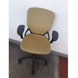 Oa chair with arm, Automatic, Midback- Japan's Surplus Office Furniture
