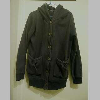 灰黑棉質銅扣長外套