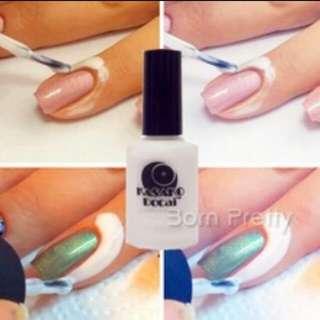Lapis kulit saat mengaplikasi nail polish