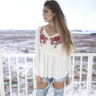 [PO] Carol's Embroidered Rose Blouse