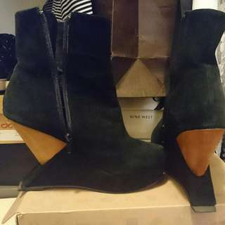 Jeffrey Campbell Meeker Wedge Boots Size 39