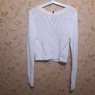 H&M Divided Crop Sweater
