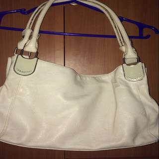 Rosetti White Shoulder Bag