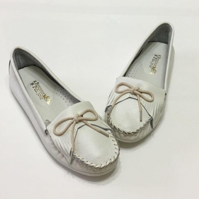 白色真皮莫卡辛鞋(買鞋送正韓襪)含運