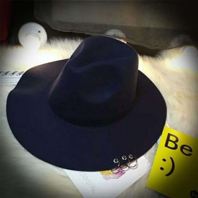 毛呢鐵環圈圈紳士帽