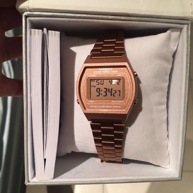 🔺 Casio Rose Gold Digital Watch