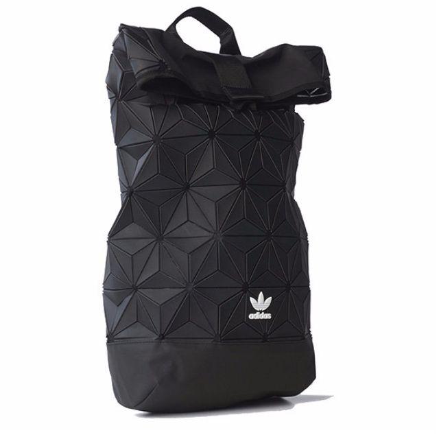 Adidas Originals 三葉草X三宅一生 AY9354