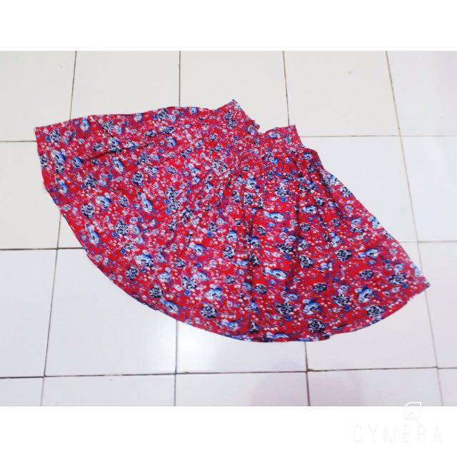 all size flowery skirt