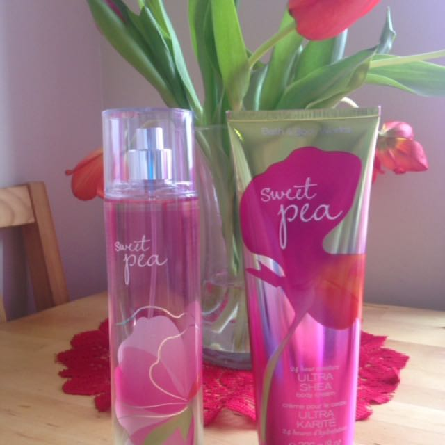 Bath And Body Works Fine Fragrance Mist And Body Cream In SWEET PEA