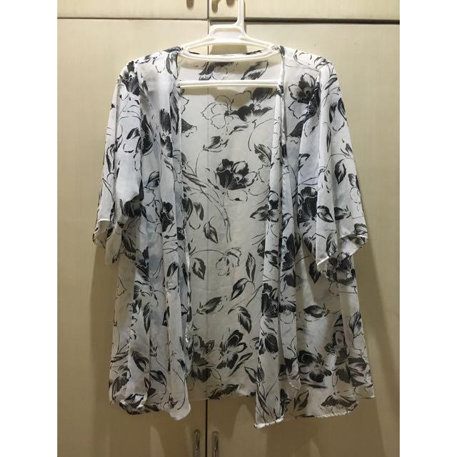 Black and White Floral Kimono