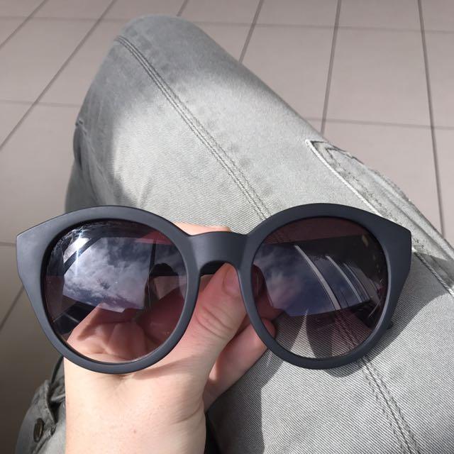 Black Minkpink Sunglasses