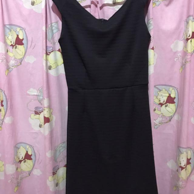 Dress Black Pesta
