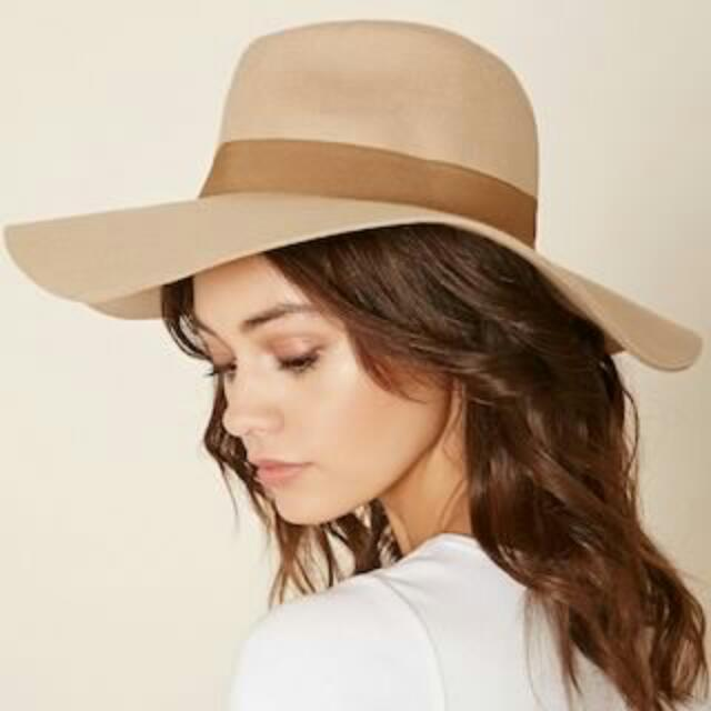 13b51addbf9 Forever 21 Wide-Brim Felt Floppy Hat (Taupe Tan) (With Price Tag ...