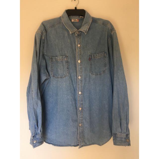 Levi's Button Up Denim Shirt