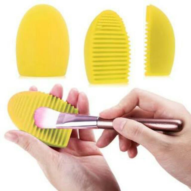 Makeup Brush Egg Brush Cleaner Yellow
