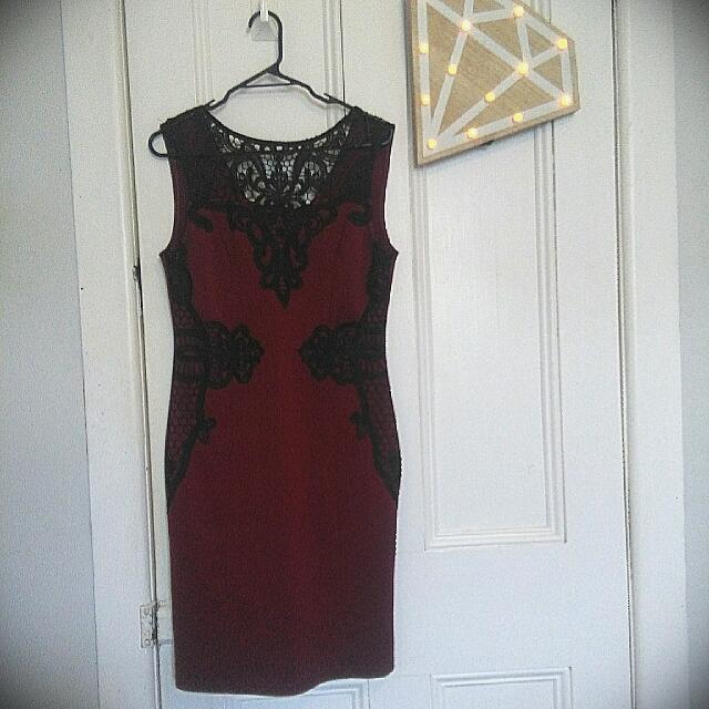 Maroon Bodycon Dress With Lace Detailing, Medium