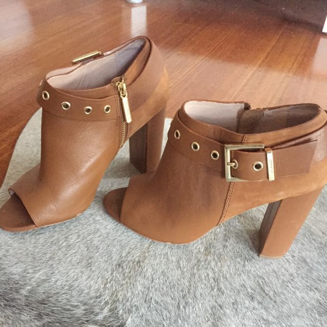 Mimco 'rythym' Bootie In Tan