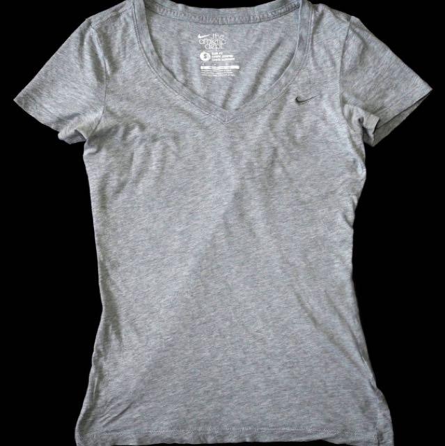 Nike Women's Shirt S
