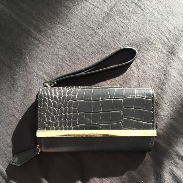nine west black leather wallet