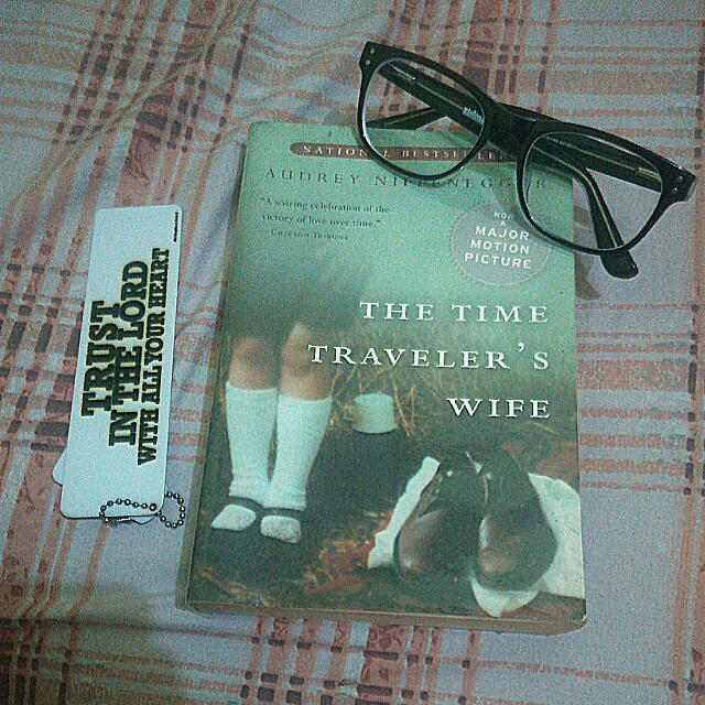 (Preloved) THE TIME TRAVELER'S WIFE BY AUDREY NIFFENEGER