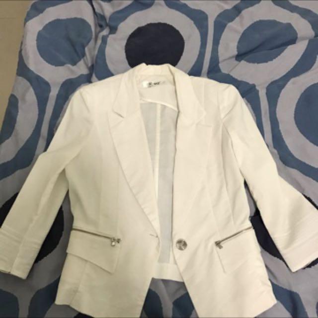 SO NICE 白色小外套